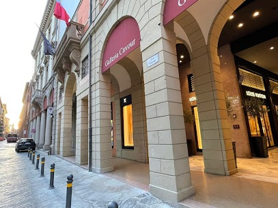 Galleria Cavour breaks down the barriers